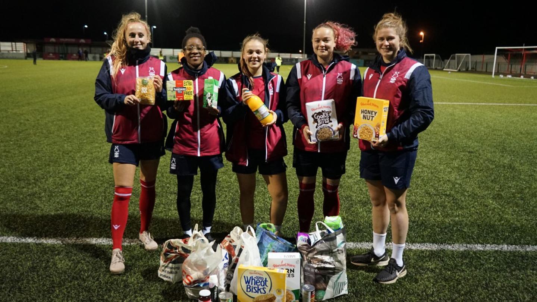 Forest Women donate to Hope Nottingham